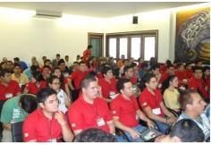 Alumnos de Agronegocios de la Universidad Autonoma de Nuevo Leon y de la Universidad de Guadalajara.