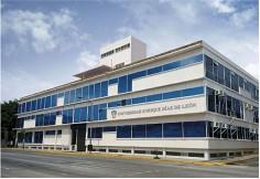 Universidad Enrique Díaz de León Centro Foto