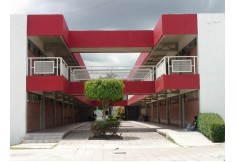 Centro Universidad Quetzalcoatl en Irapuato Foto